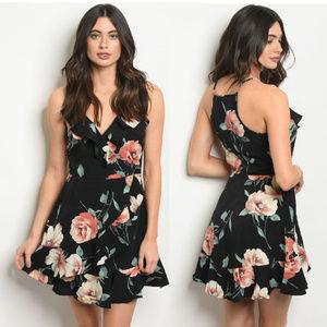 NWT BLACK FLORAL SHORT DRESS Size Sm, Med, Lg